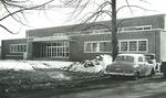 Bridgewater College, Vintage cars and snow at Alumni Gymnasium, undated by Bridgewater College