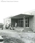 Bridgewater College, Bill Smith (photographer), People entering Alumni Gymnasium, circa 1958 by Bill Smith