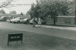 Bridgewater College, Students moving into Dillon Hall, September 1985 by Bridgewater College